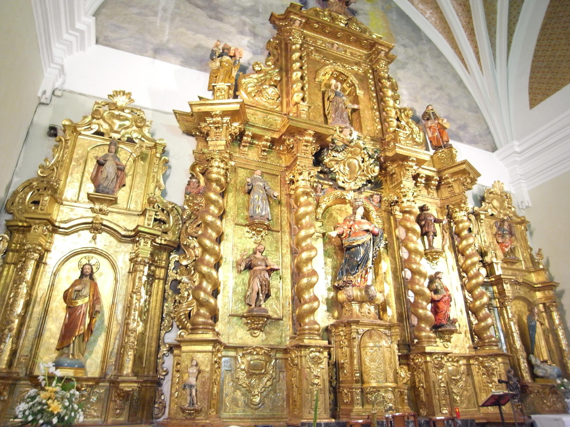 Altar mayor iglesia Ricla